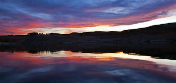 Lake Powell SunSet - Pan