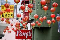 Farolillos en chinatown de Los Angeles