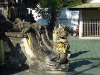 Dragon Guarding Chedi in Wat Cheatawan