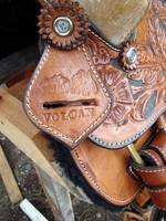 019_Handmade_saddle