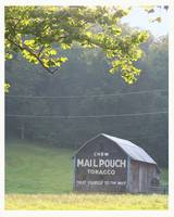 Old Mailpouch Barn