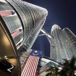 """Petronas Twin Towers"" by CheeSeong"