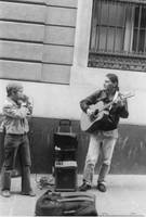 Folk artists on the street