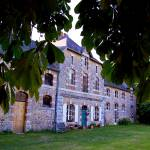 """""""Front of Logis du Plessis, Saulges"""" by Heners"""