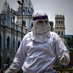 """Estatua viviente. Caracas 2010"" by luzazul1"