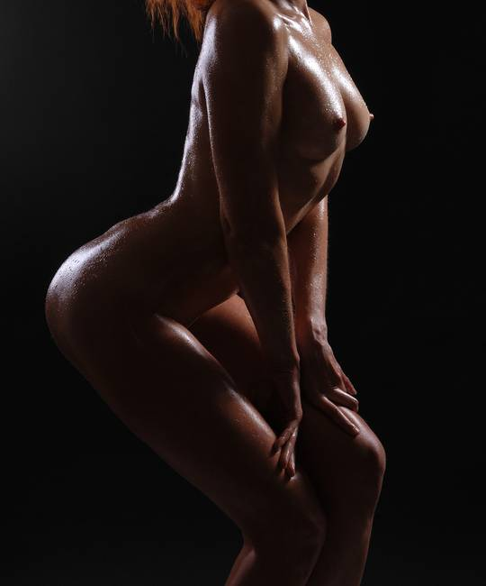 naked oily female bodies