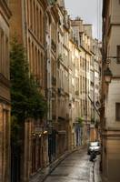 Rue de Bievre Paris_tonemapped