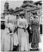 Women from West Indies at Ellis Island (1911)