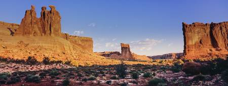 3 Gossips & Courthouse Towers @ sunrise, Arches NP