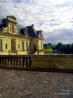Versailles side view