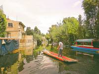 Life on Xochimilco