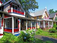 Oak Bluffs Gingerbread Cottages (1)