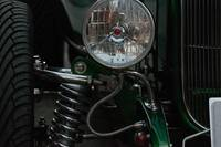 '32 Bucket-Headlight