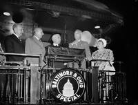 President Roosevelt leaves on Transcontinental Tri
