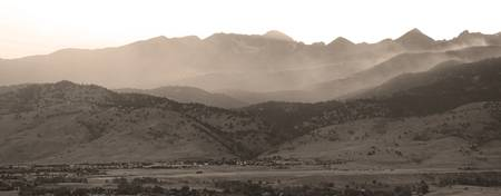 Boulder County Front Range Wind and Smoke  in Sepi