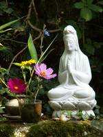 Kwan Yin With Flowers