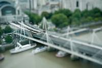 20100914- 29 London Eye Flight tilt shift