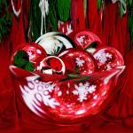 """A Christmas Bowl of Poinsettia Circles"" by tricia"