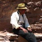 """Peruvien man with a hat resting"" by Maly"