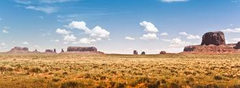 MONUMENT VALLEY, UTAH LANDSCAPE