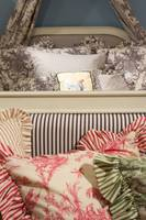 luxury upscale bedding and linens (3)