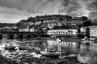 Seeing Looe in Black and White