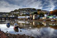 Sleepy autumn day in Looe