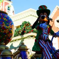 """Goofy Celebrates Chirstmas"" by Kirby Fortin"