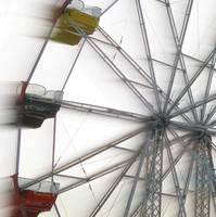 Ferris Wheel in Motion (4)