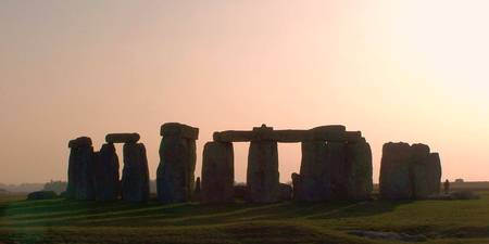 STONEHENGE ANCIENT MONUMENT ENGLAND