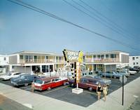 Three Coins Motel Exterior