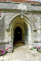 St George's Church Porch, Arreton (25361-RDA)