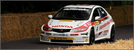Honda Racing Civic FD2 Hill Climb at Goodwood 2010