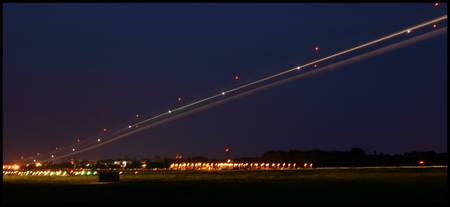 Aircraft Light Streams