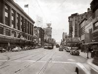 Market Street viewing West from 5th, San Francisco by WorldWide Archive