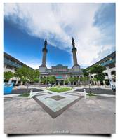 Sultan Haji Ahmad Shah Mosque, International Islam