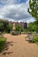 In the Physic Garden, Chelsea 10