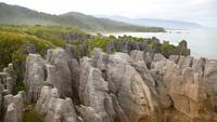 Punakaiki Pancake Rocks West