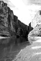 BW Vertical Canyon