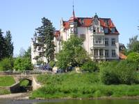 Mansion along the Elbe