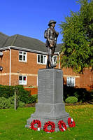 War Memorial, Stretton  (26691-RDA)