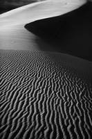 Sand creation - black and white