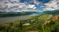 COLUMBIA RIVER GORGE PANORAMA II