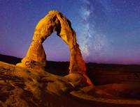 Delicate Arch - light painting - Milky Way stars (