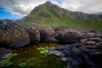 The Giant's Causeway - Peak and Pool