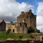 """Eilean Donan Castle"" by zaniac"