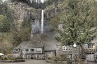 Multnomah Falls Restaurant Lodge
