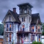 """""""Creepy Old House"""" by rglengrusmark"""