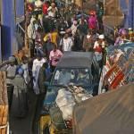 """""""Het laden van de ferry bij Banjul, Gambia"""" by assendelft"""