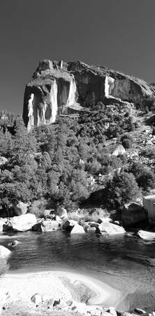 2500-california-yosemite-merced-vert-bw copy